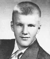 Dr Richard E. Boettcher '53