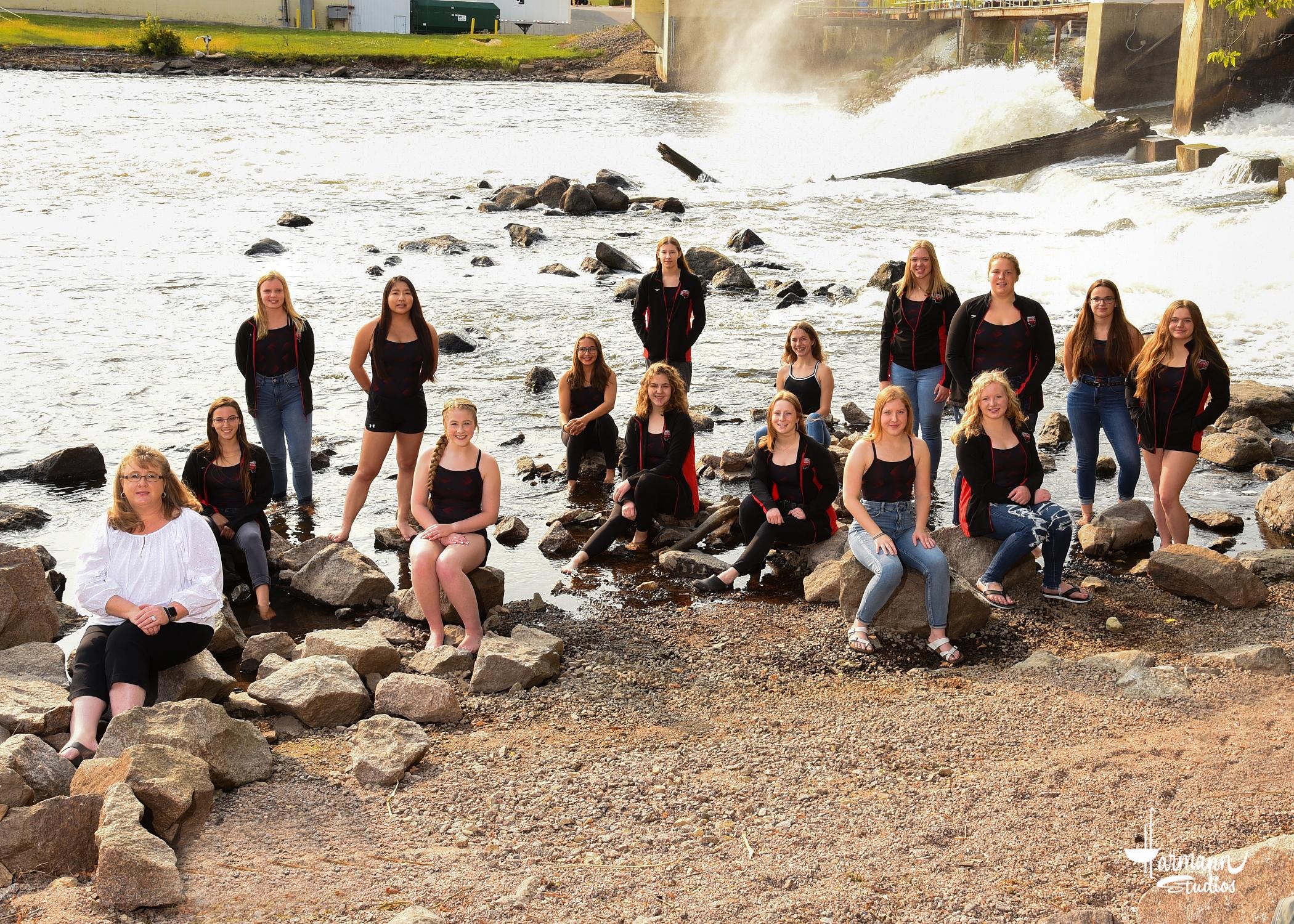 2020 Girls' Swim Team
