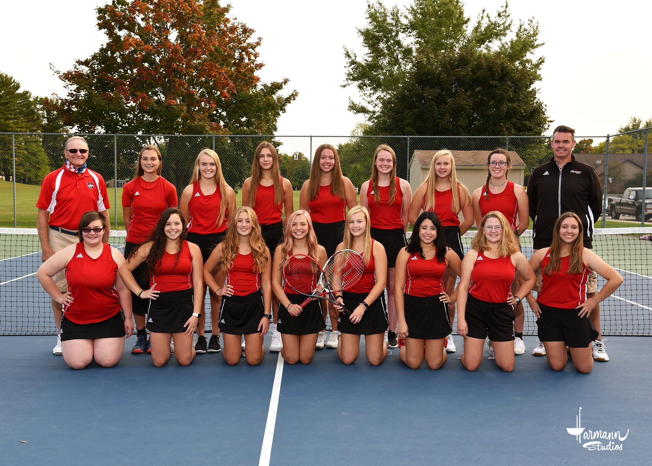 2020 Girls' Tennis Team (Grades 10-11)