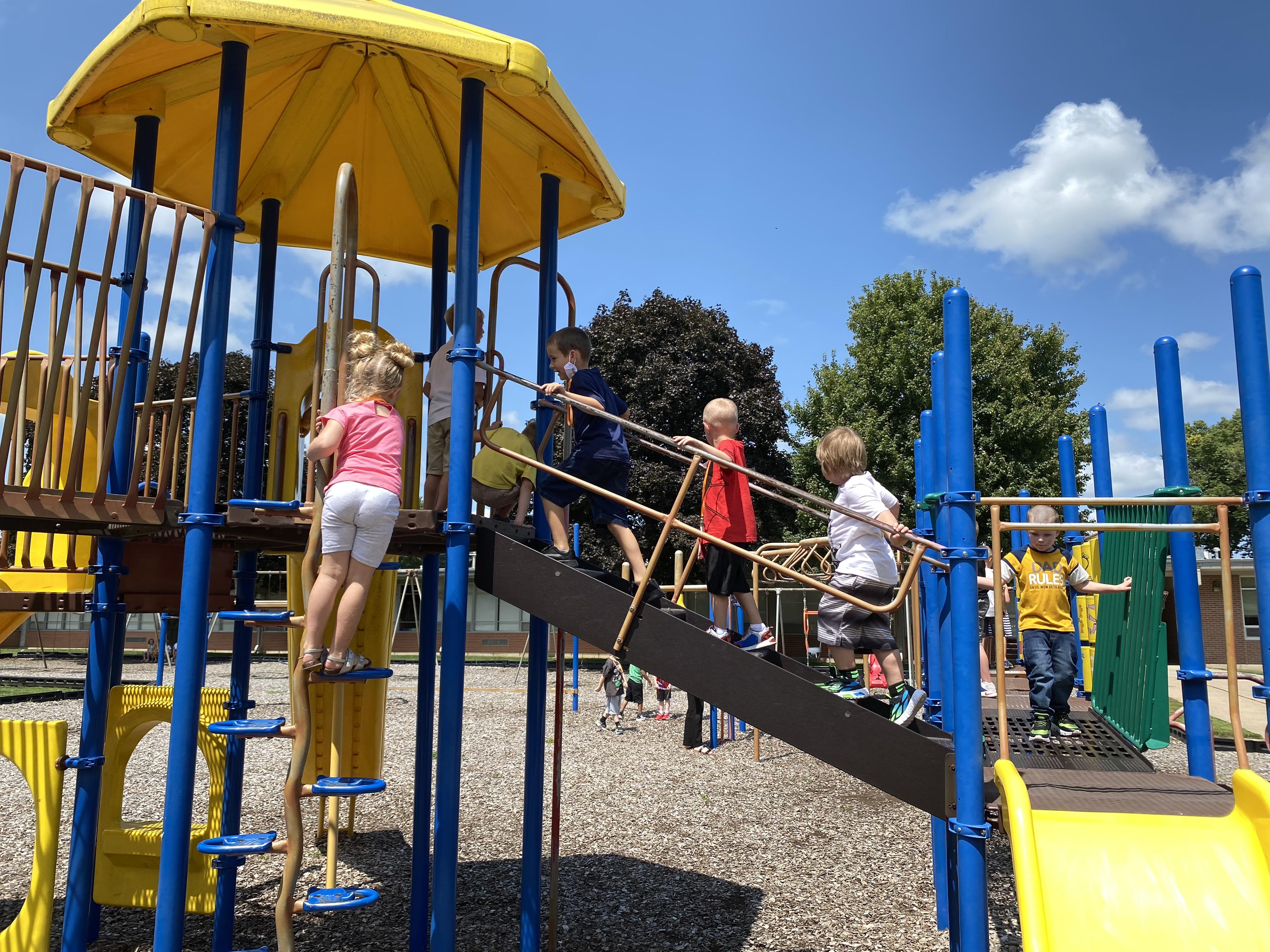 Outdoor recess play