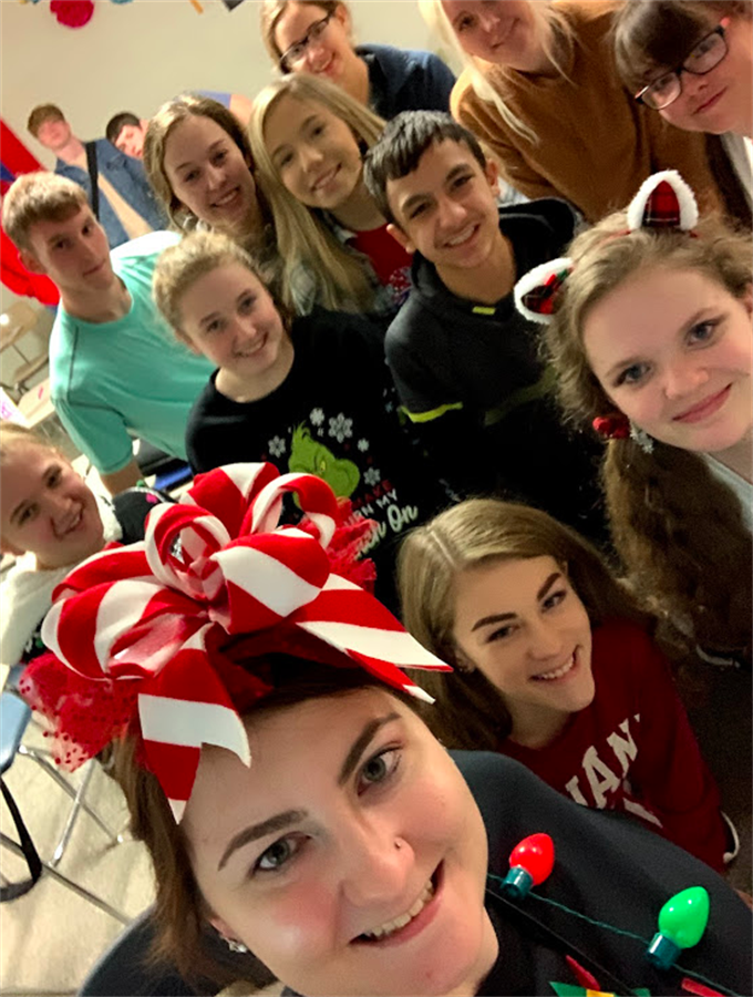 Spanish Club selfie with students and sponsor