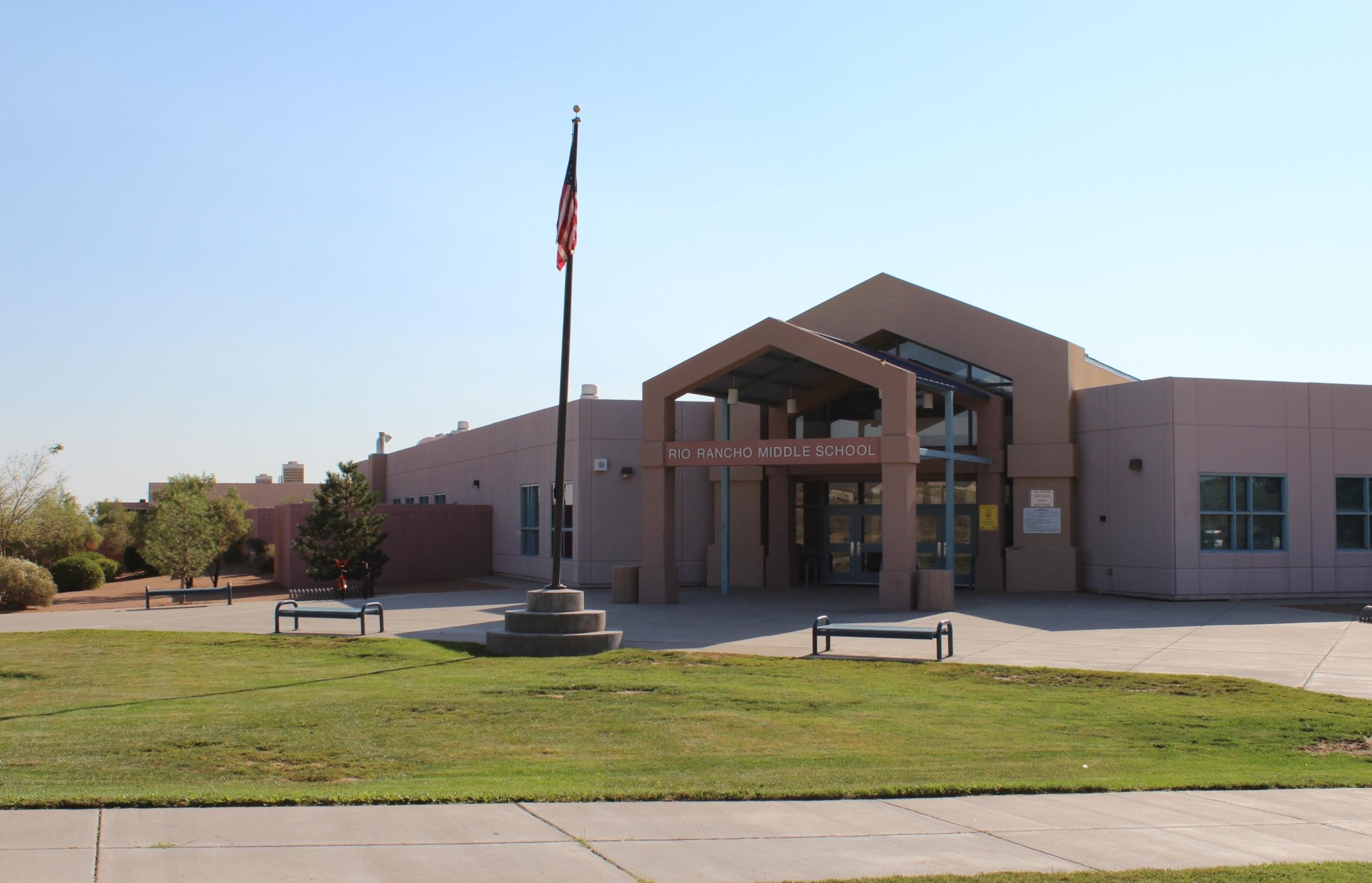 Entrance image of Rio Rancho Middle School