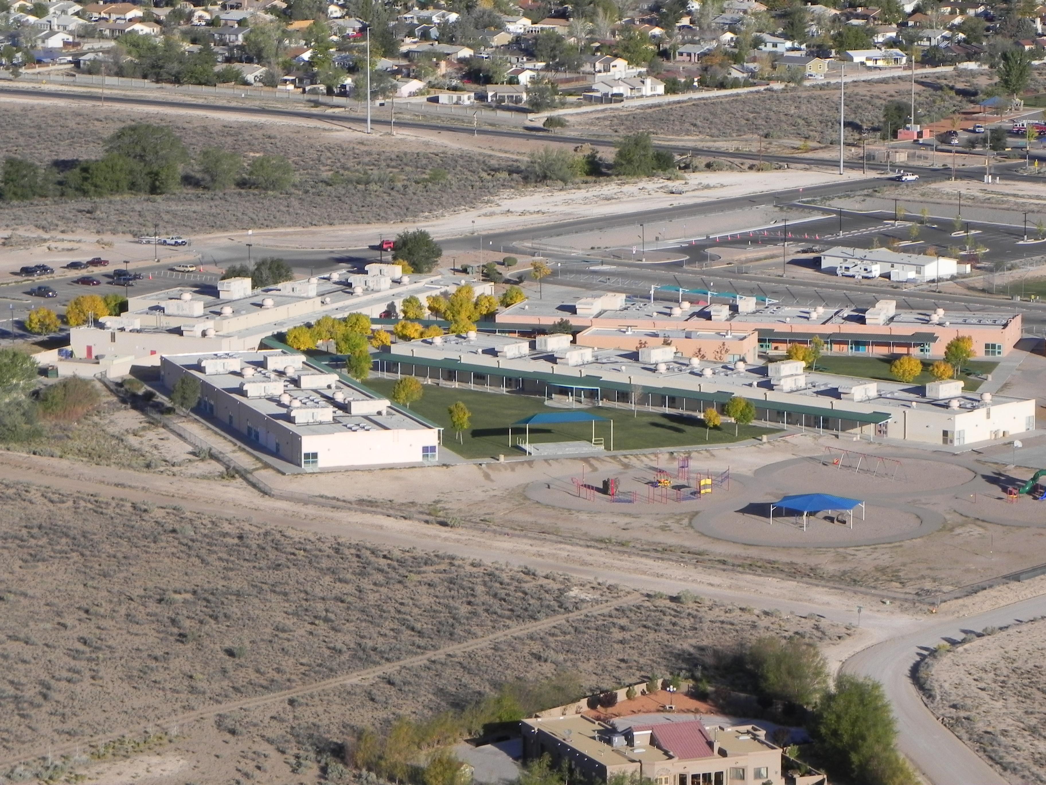 Aerial image of Puesta del Sol Elementary