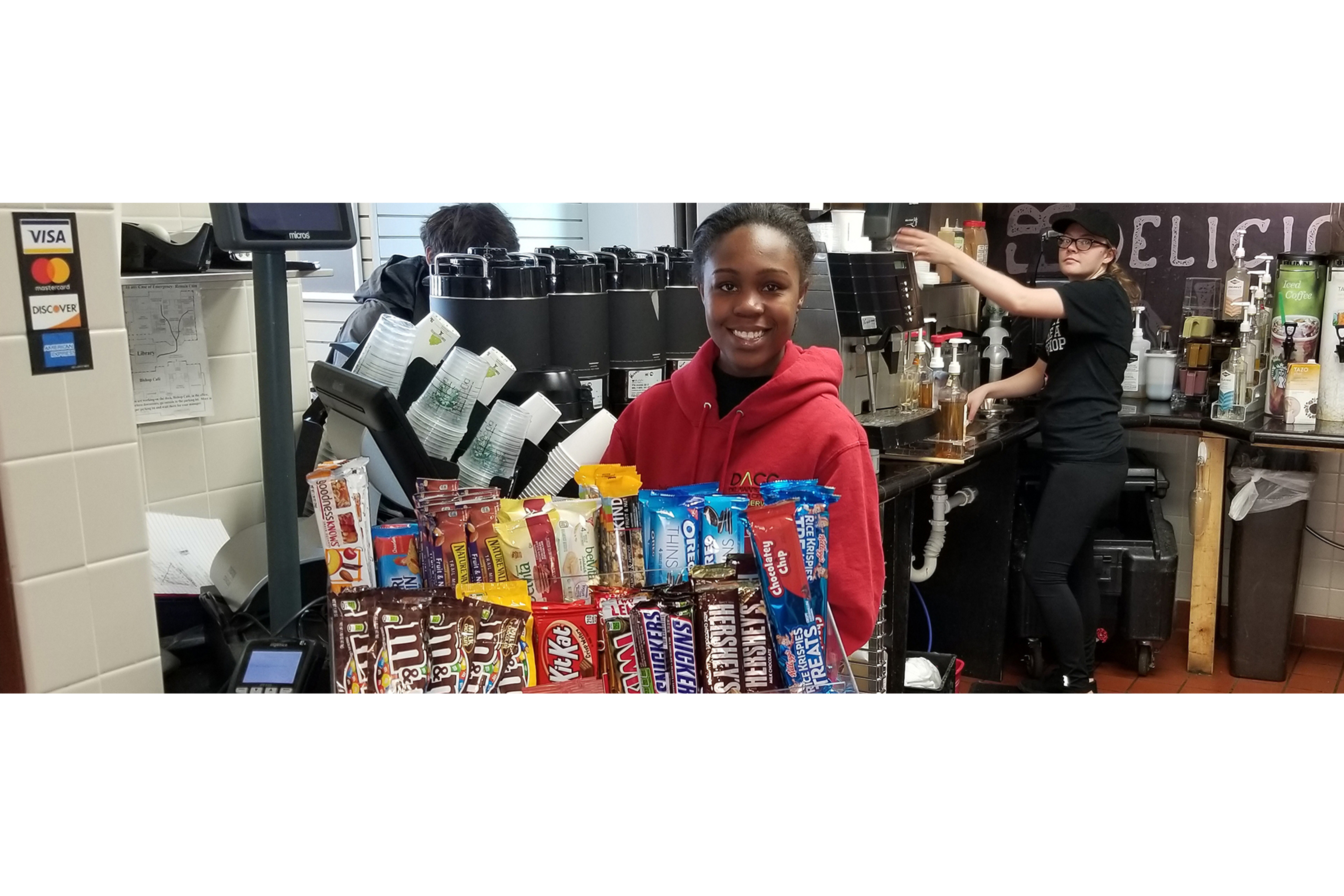 Food Service Student in Grab n Go