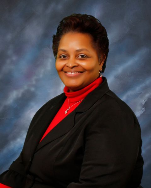 Yvonne Lester, Bookkeeper