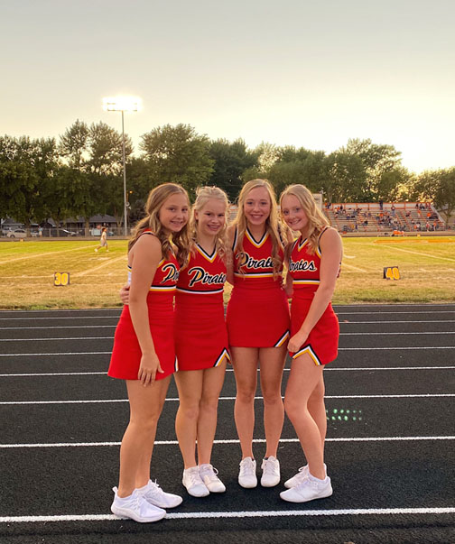 4 cheerleaders