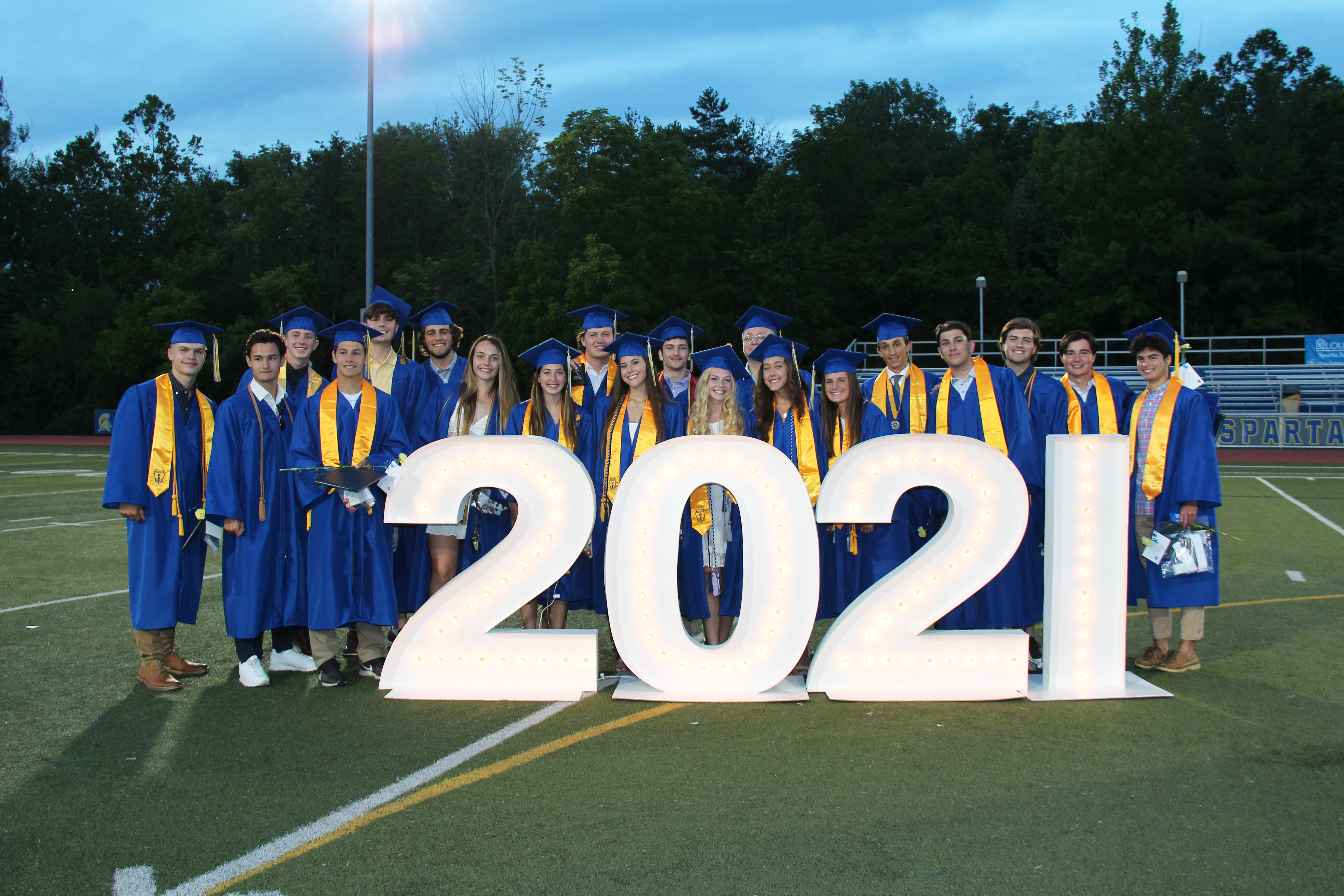graduates by 2021 sign