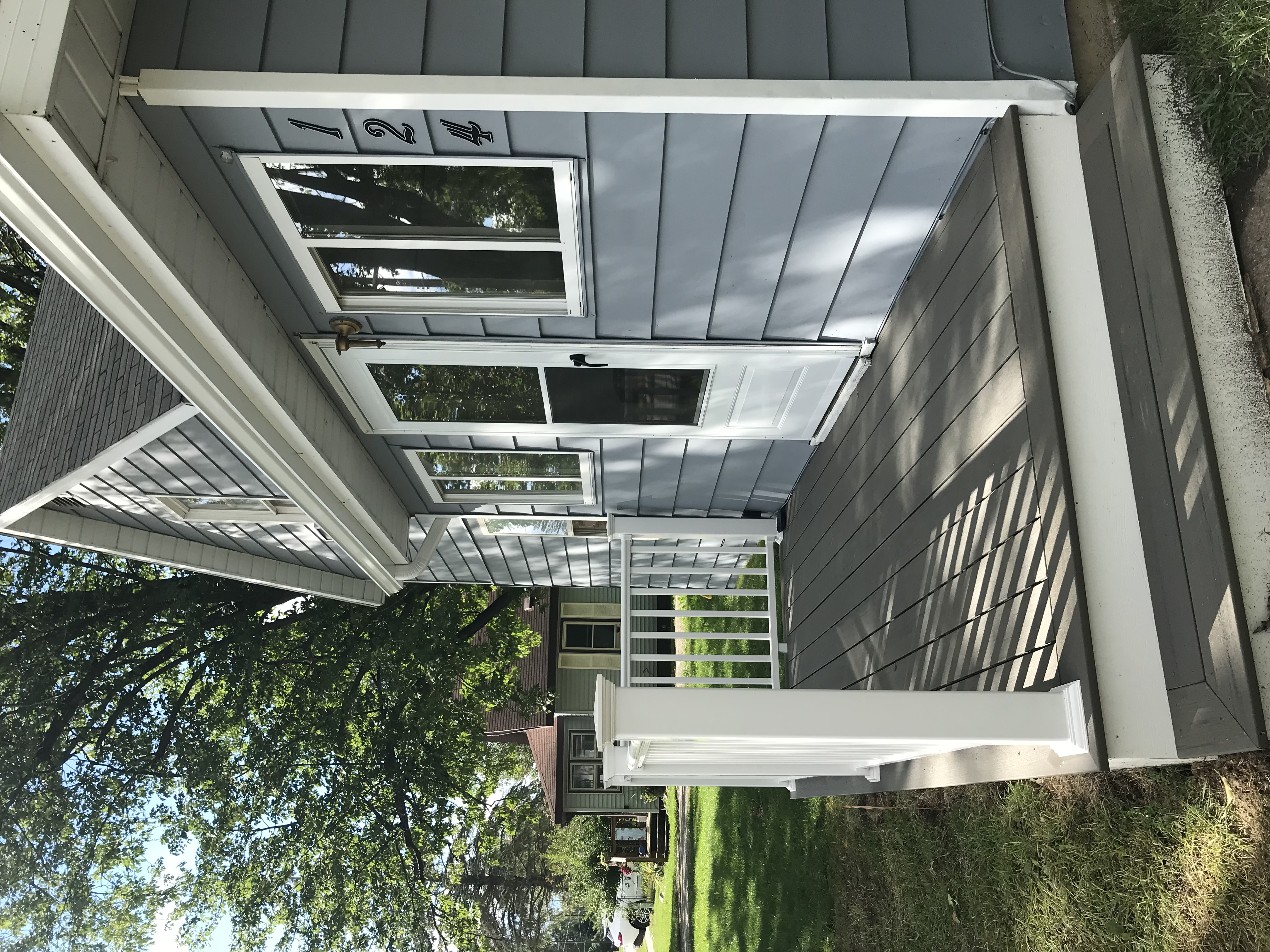 124 Tonkin after - porch