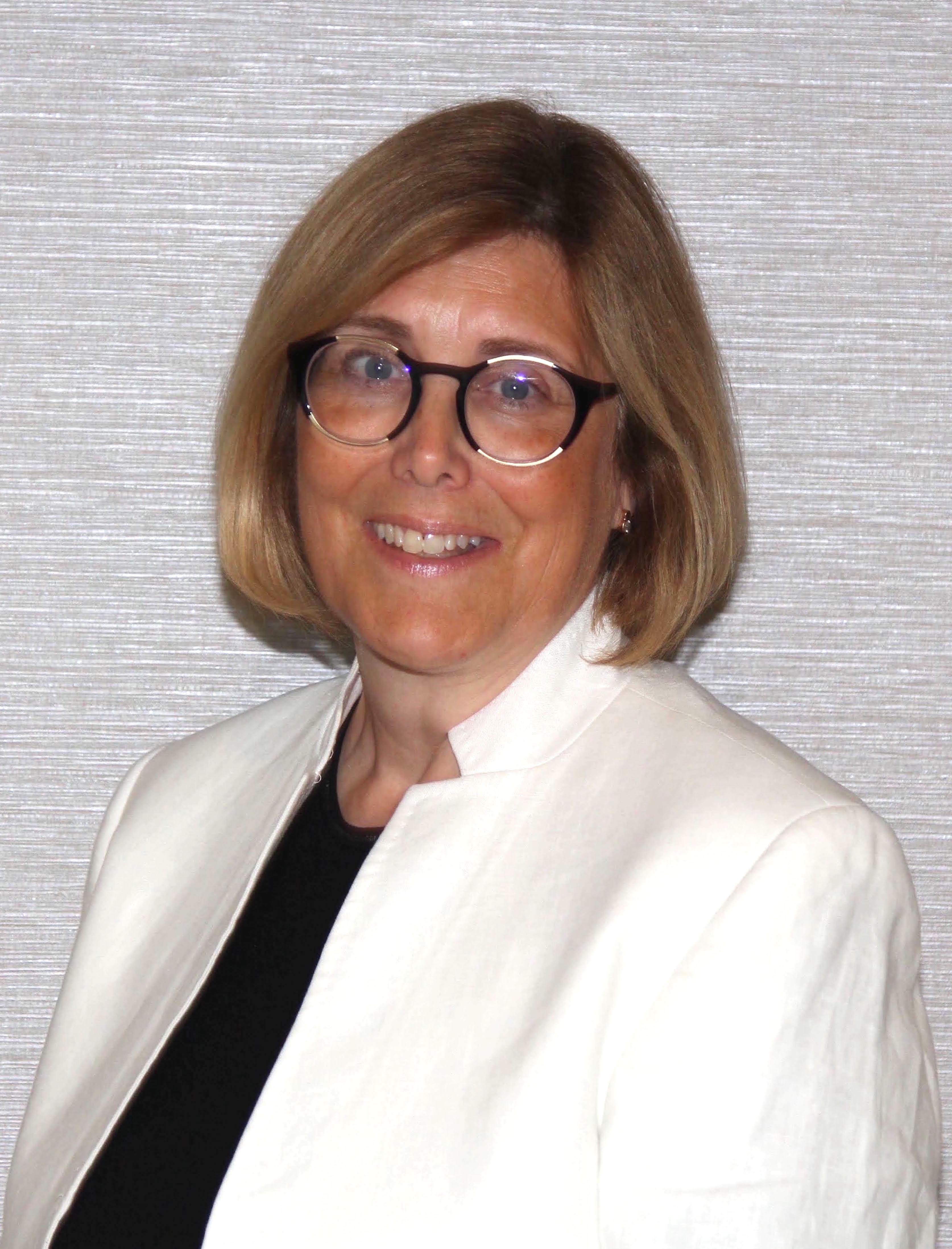 Dr. Andrea Tejedor