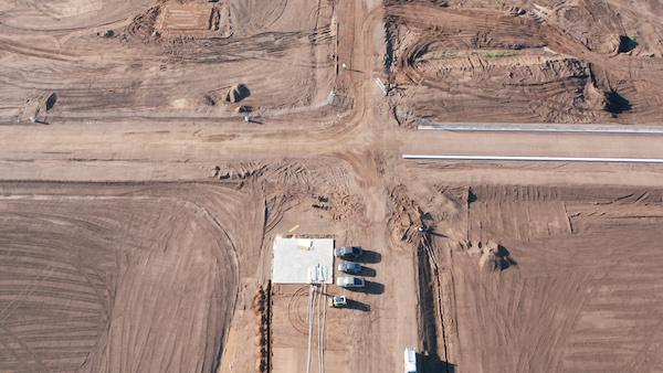 Maintenance building foundation