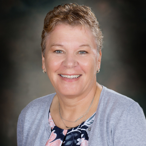 Mrs. Pat Henrichs