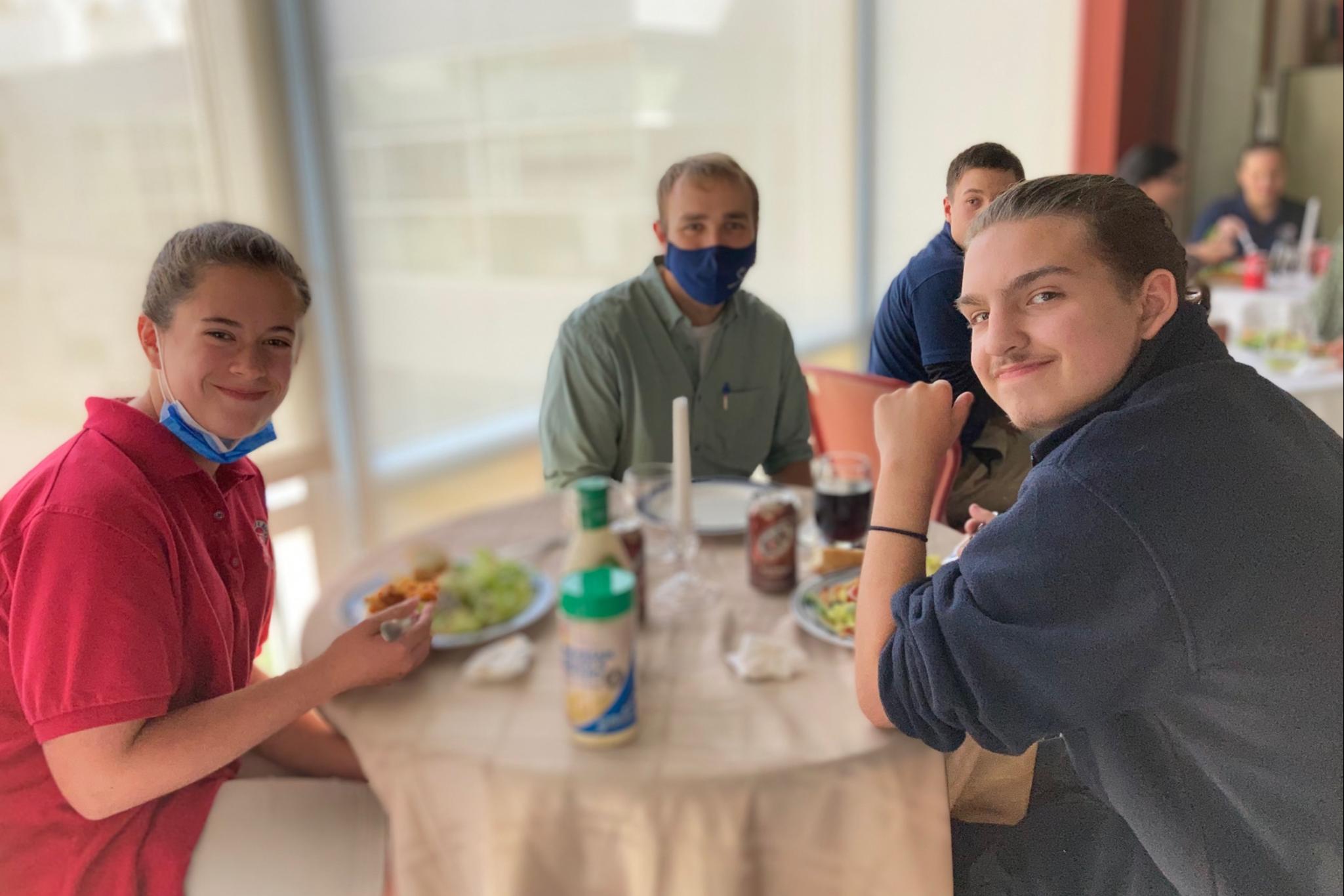 8th Grade VIP Lunch