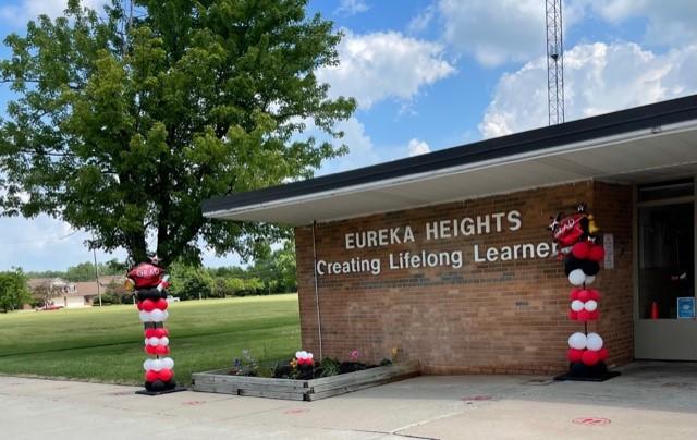 Eureka Heights Front of School