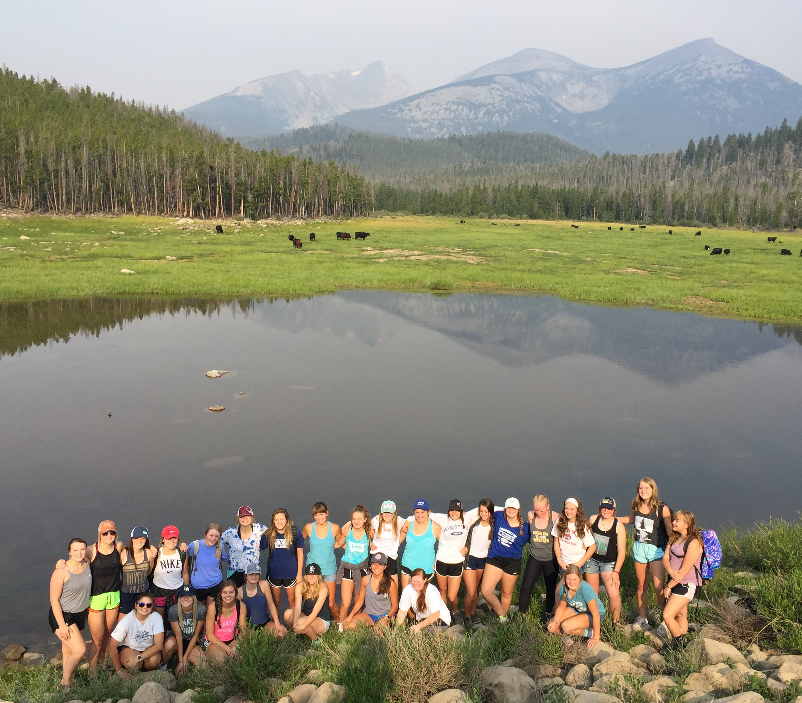 A photo of the volleyball team on a hike to Bond Lake August 2018