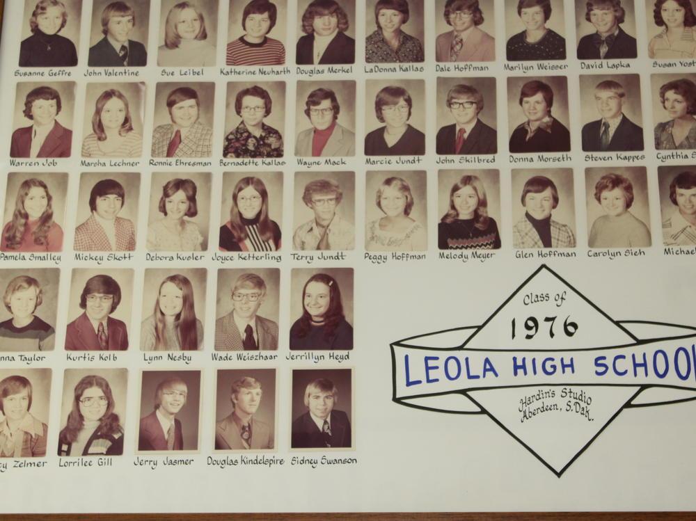 alumni 1976