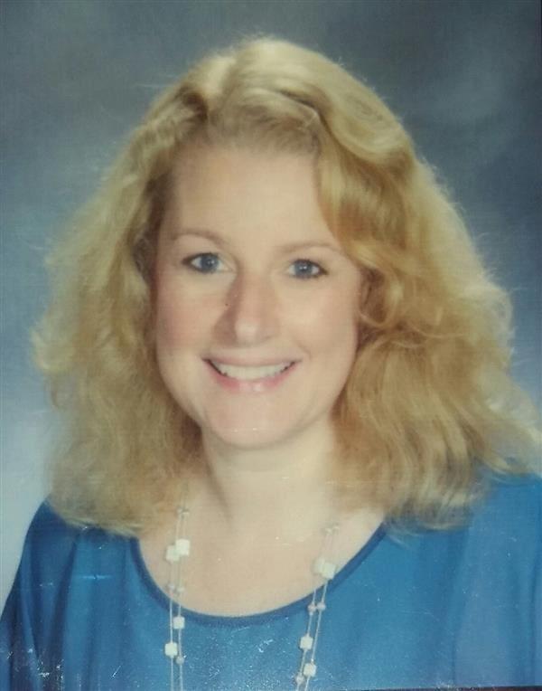 Ms. Elisabeth Ridder