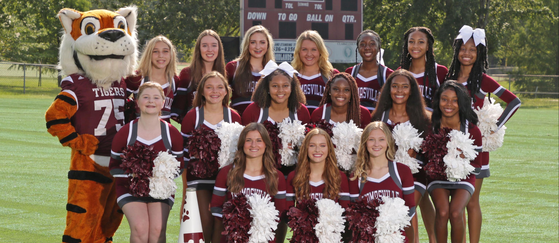 THS cheerleaders 2021-2022